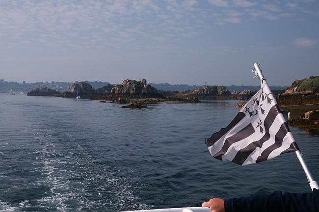 Bretagne Insel Île de Bréhat: Beginn der Rundfahrt.